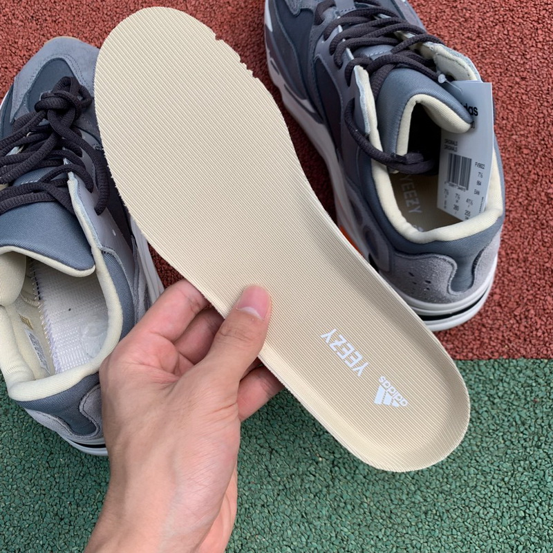 Authentic Adidas Yeezy 700 Boost Magnet