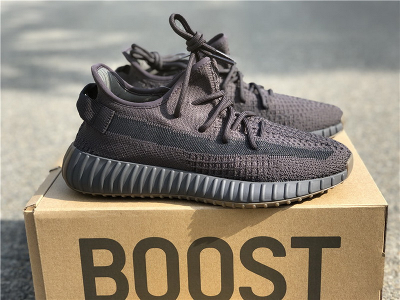 Authentic Adidas yeezy 350v2 Boost Cinder GS