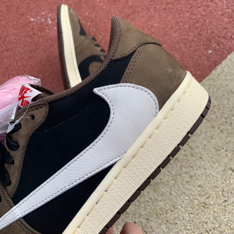 (top version)Authentic Air Jordan 1 X Travis Scott Low